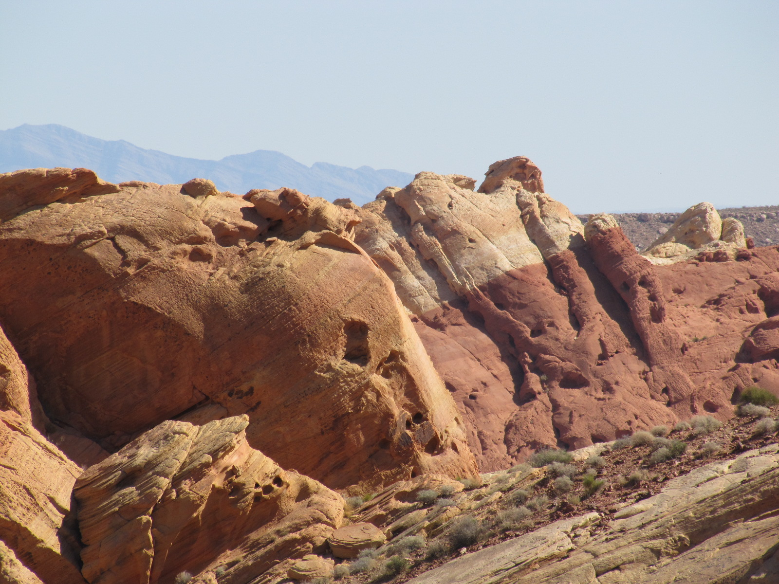 différentes couches de sables, vallée du feu