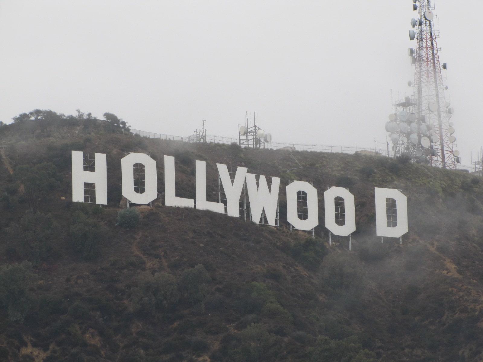 Hollywood Signs ... dans les nuages