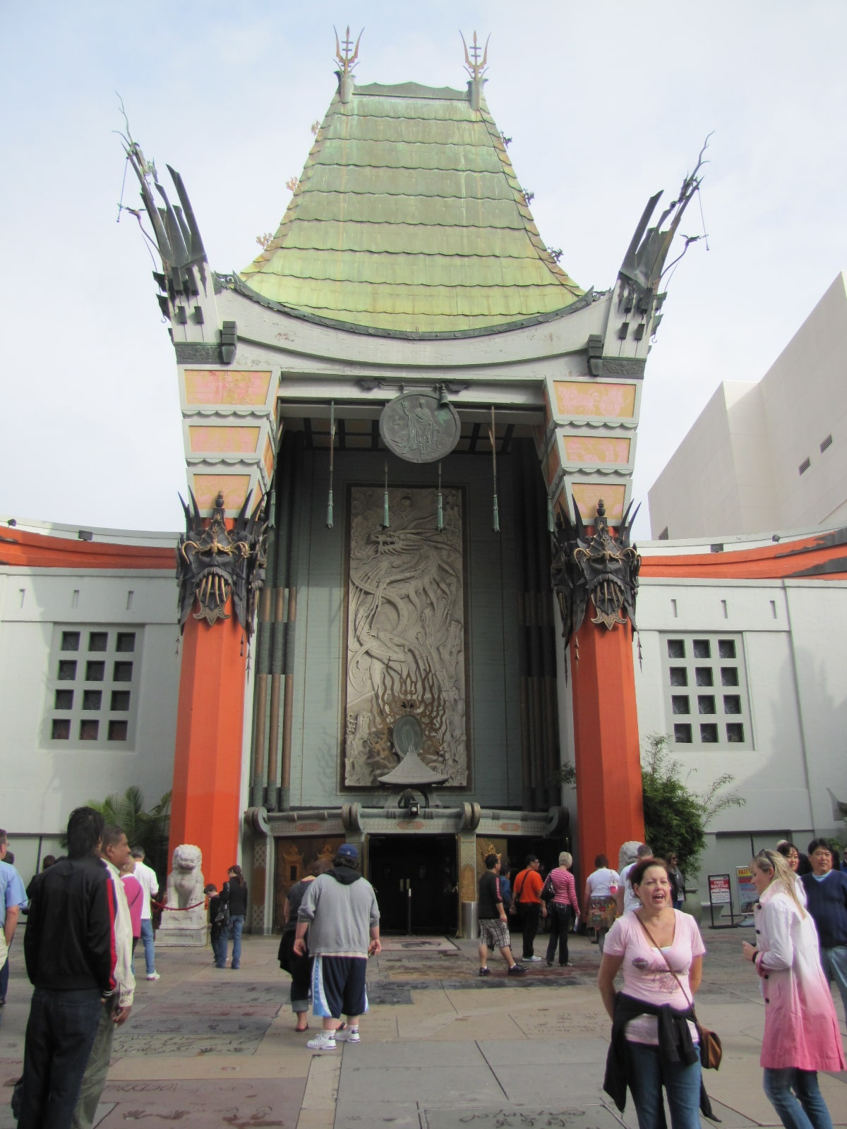 Grauman's chinese theater de jour